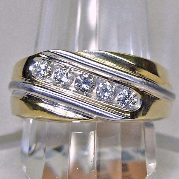4148: 10KT Men's Diamond Ring 0.50 CTS