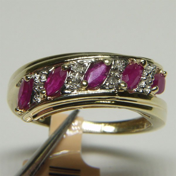 5001: 10KT Ruby Diamond Ring 1.14 TCW