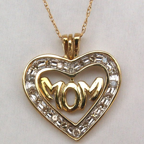 """1023: 10KT. I Love You """"MOM"""" Heart Pendant - 0.25 CTS."""