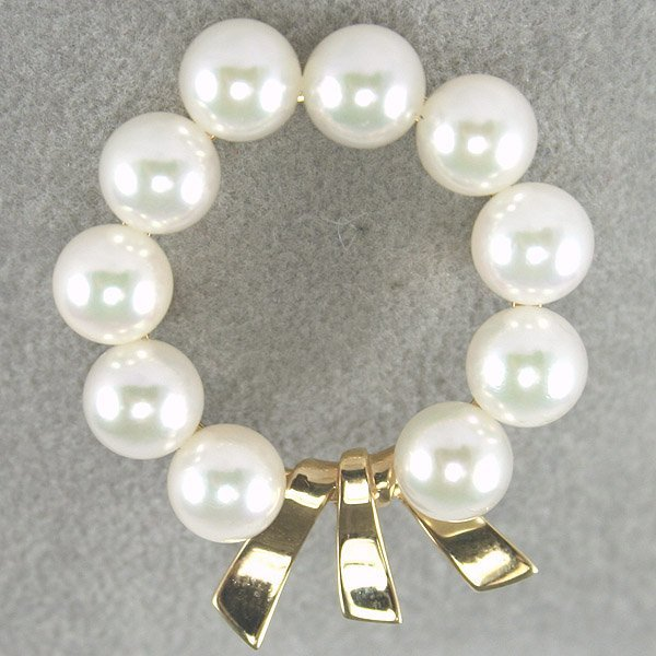 4427: 14KT Pearl Wreath Pin
