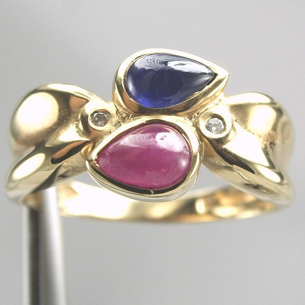 5021: 14KT Cabochon Ruby Sapphire & Diamond Ring 0.01CT