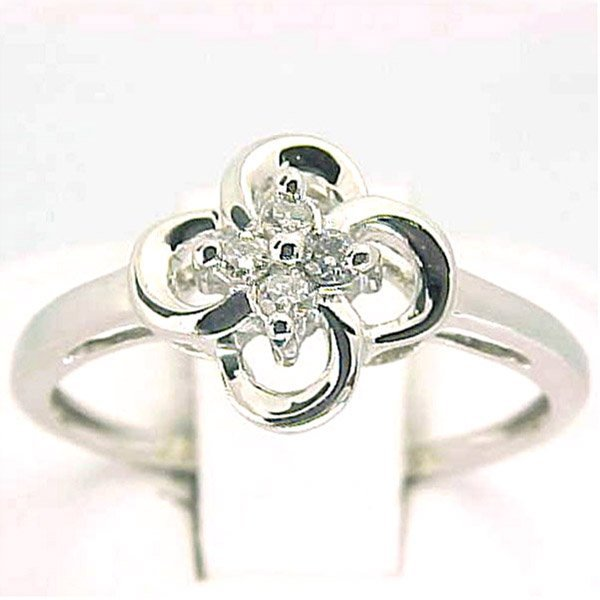 2056: 14KT Diamond Ring 0.08 CTS