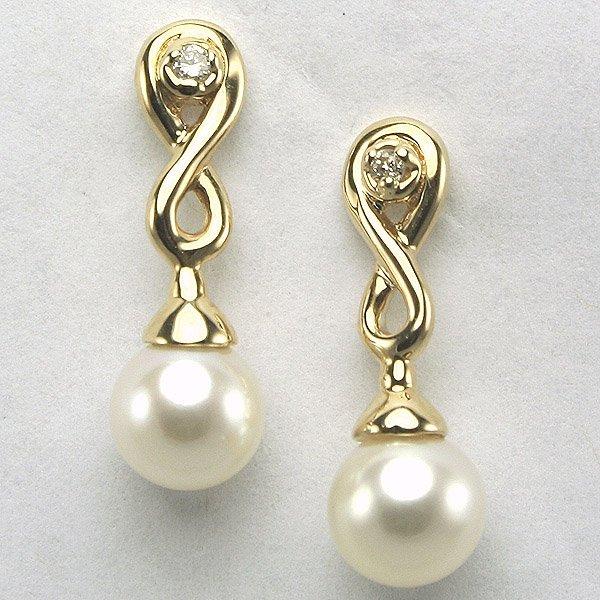 4031: 14KT 0.03CT Diamond & 6mm Pearl Earrings 18.14mm