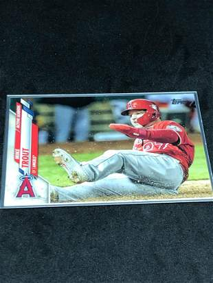 Mike Trout topps Baseball Card