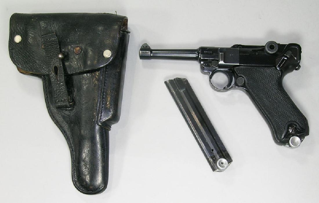 Gesichert Luger Semi-Automatic Pistol