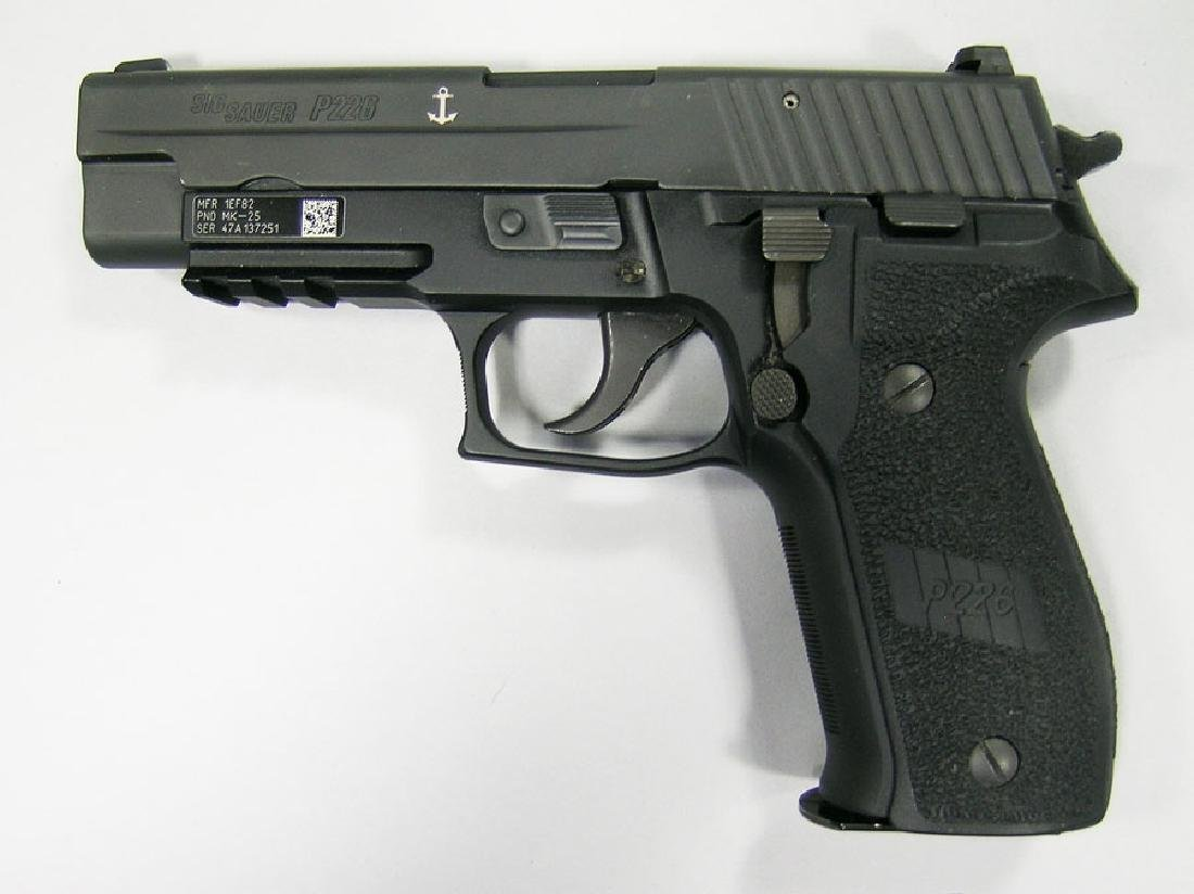 Sig Sauer, Model P226 Navy Semi-Automatic Pistol