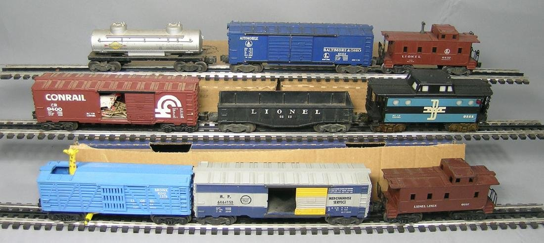 Nine Lionel Freight Cars