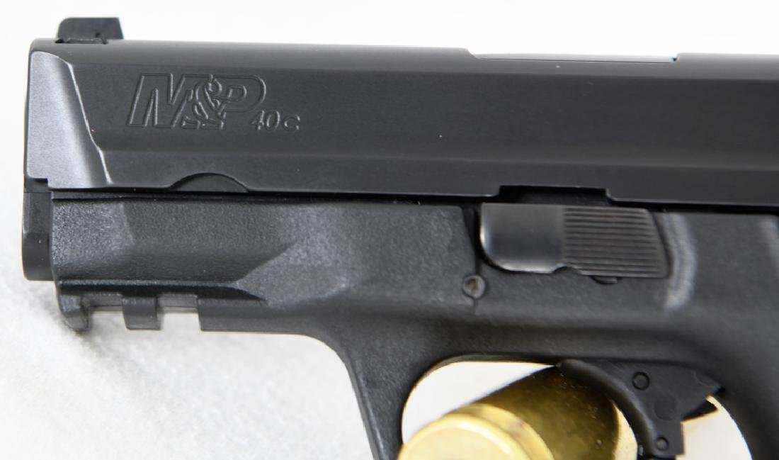 Brand New Smith & Wesson 40c .40 S&W Compact - 6