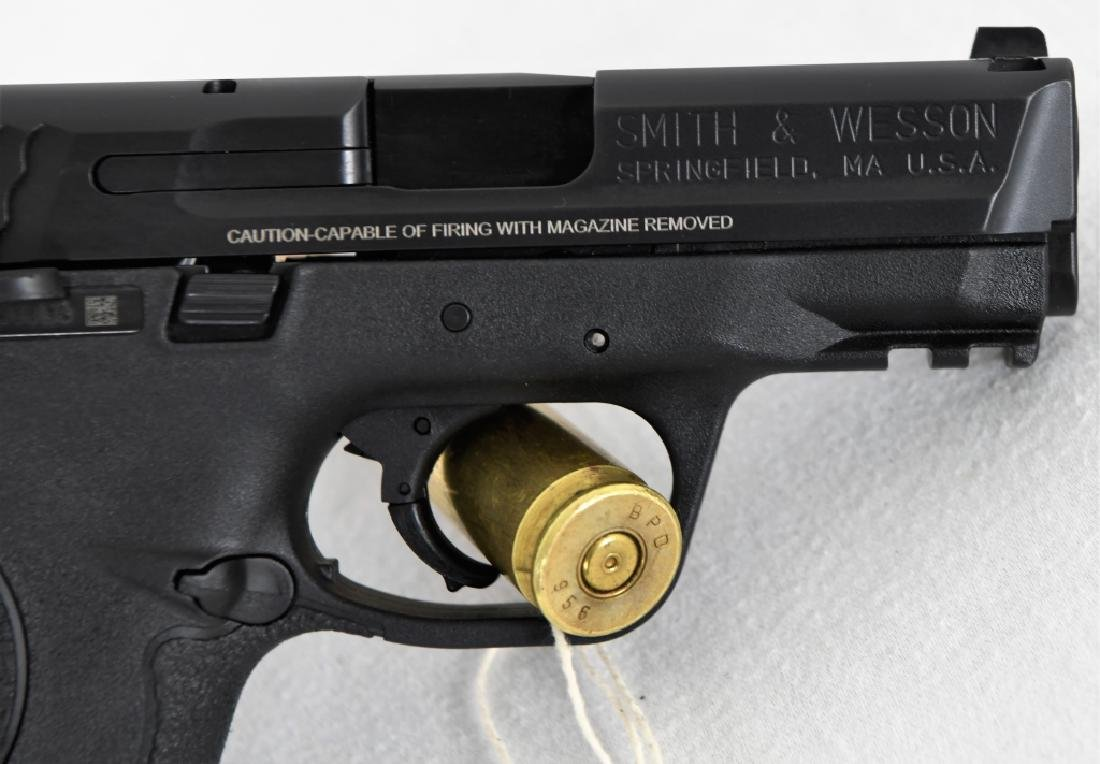 Brand New Smith & Wesson 40c .40 S&W Compact - 8