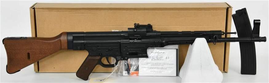 """GSG German Schmeisser STG44 Carbine 16"""" .22 LR"""