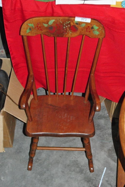 HEDSTROM CHILDS ROCKING CHAIR