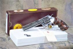 Colt Python .357 magnum Revolver Nickel