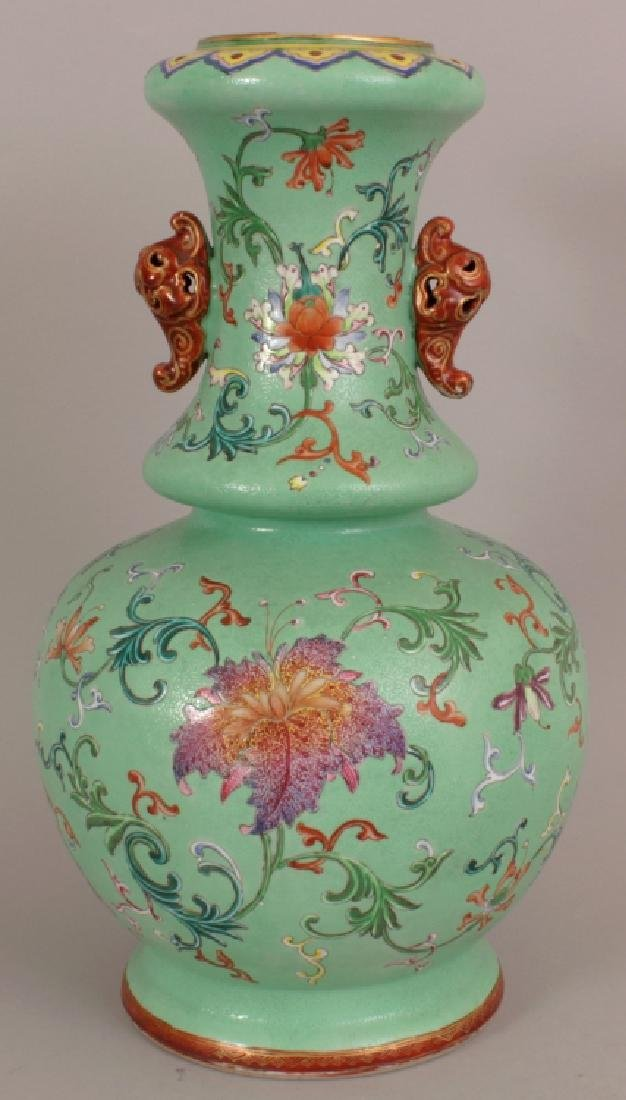 A FINE QUALITY EARLY 19TH CENTURY CHINESE LIME GREEN - 3