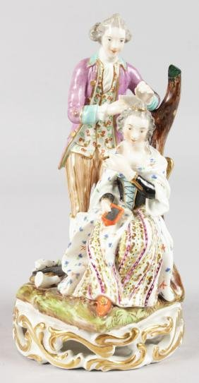AN EARLY 19TH CENTURY GOOD DERBY FIGURE OF A