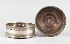 A PAIR OF GEORGE III IRISH CIRCULAR WINE COASTERS with