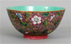 A GOOD QUALITY CHINESE FAMILLE ROSE PORCELAIN BOWL