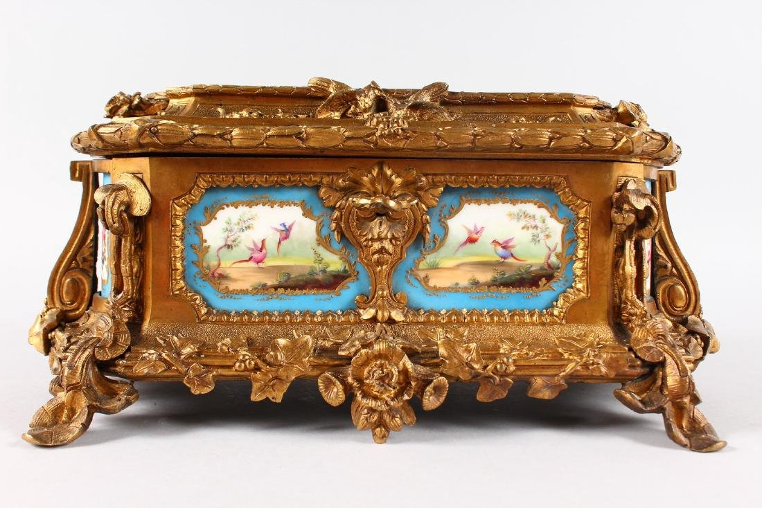 A SUPERB 19TH CENTURY FRENCH ORMOLU JEWELLERY BOX with - 4