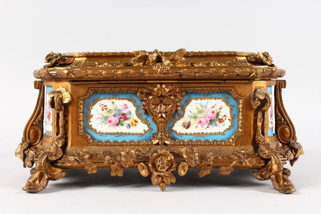 A SUPERB 19TH CENTURY FRENCH ORMOLU JEWELLERY BOX with - 7