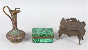 AN AGATE BOX MINIATURE INKWELL as a BUREAU and AN