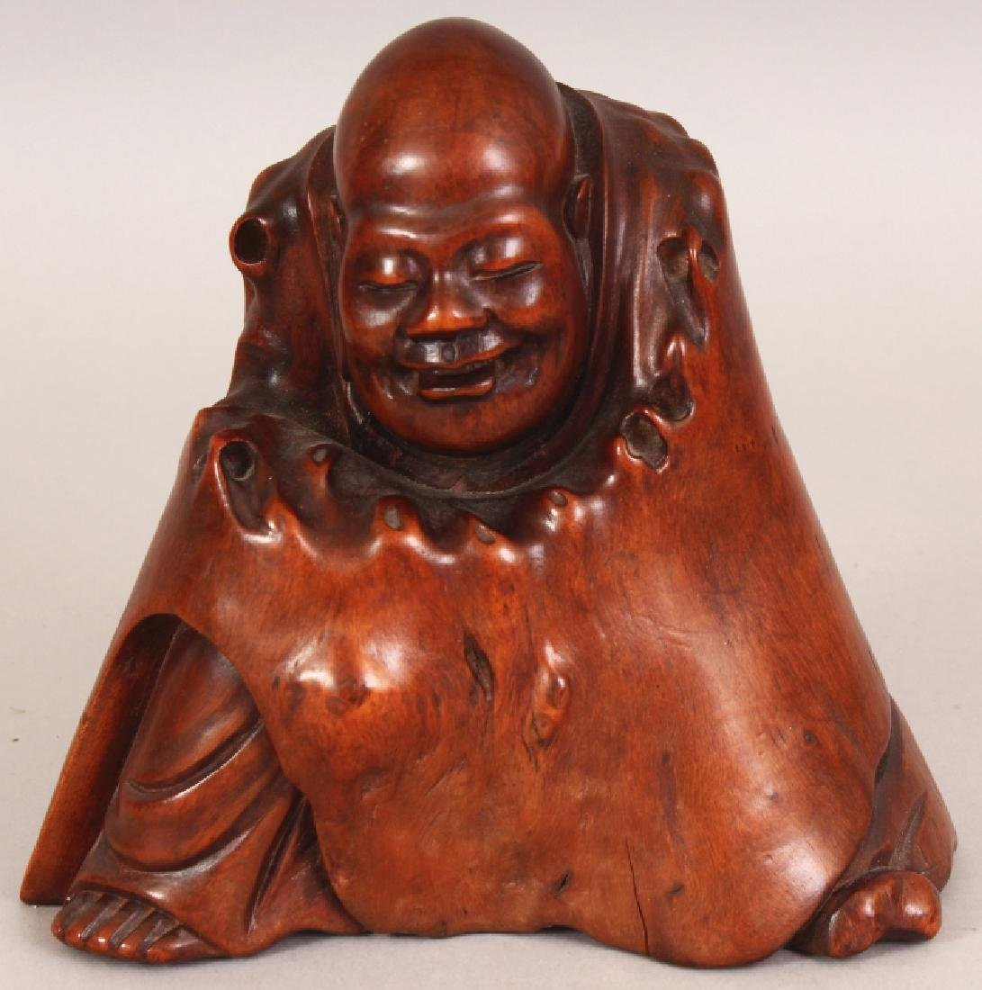 A GOOD QUALITY 19TH CENTURY CHINESE CARVED ROOTWOOD