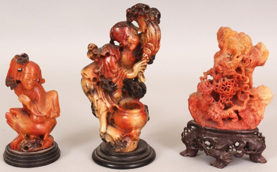 THREE EARLY 20TH CENTURY CHINESE SOAPSTONE CARVINGS,
