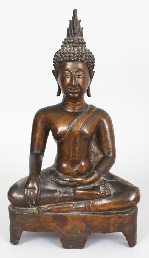 A GOOD 19TH CENTURY THAI BRONZE BUDDHA SHAKYAMUNI,
