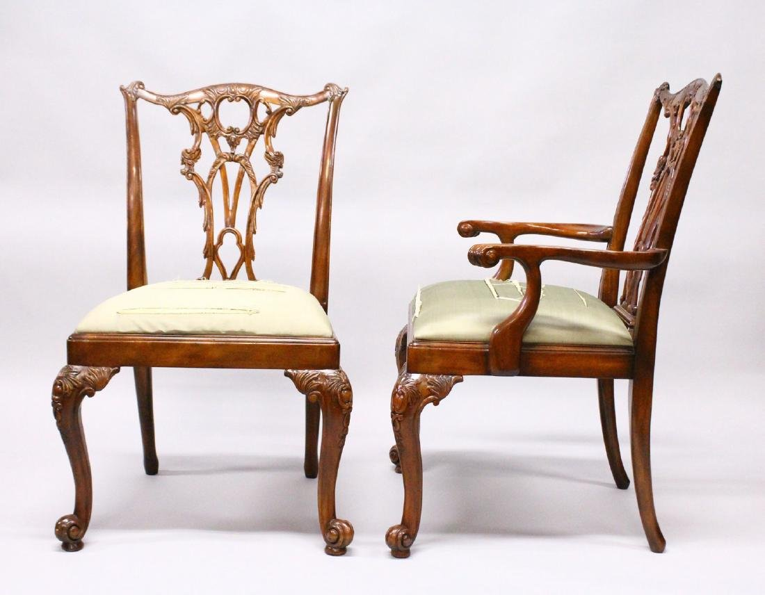 A GOOD SET OF TWELVE CHIPPENDALE STYLE MAHOGANY DINING