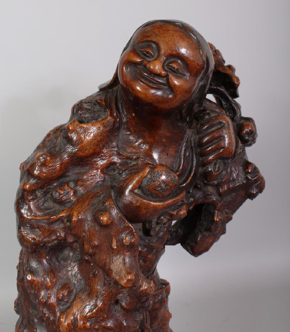 A LARGE GOOD QUALITY 19TH CENTURY CHINESE ROOTWOOD - 5