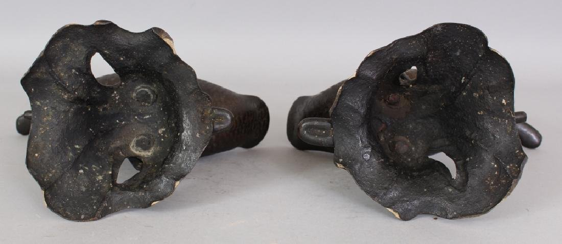 A GOOD PAIR OF 19TH CENTURY CHINESE DUCK FORM CENSERS & - 10