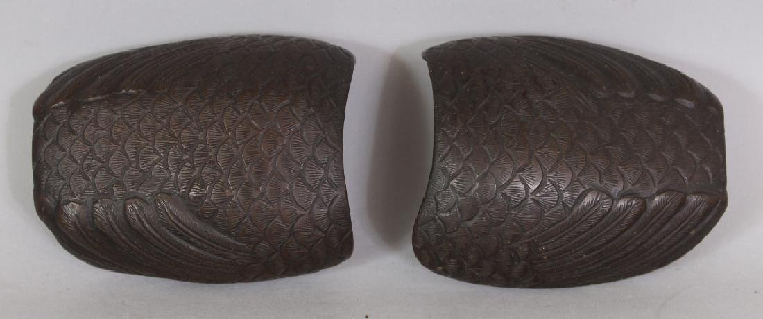 A GOOD PAIR OF 19TH CENTURY CHINESE DUCK FORM CENSERS & - 7