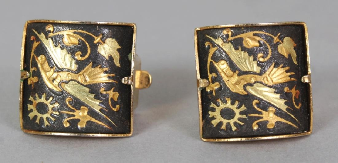 A GROUP OF EARLY 20TH CENTURY GILDED METAL KOMAI STYLE - 5
