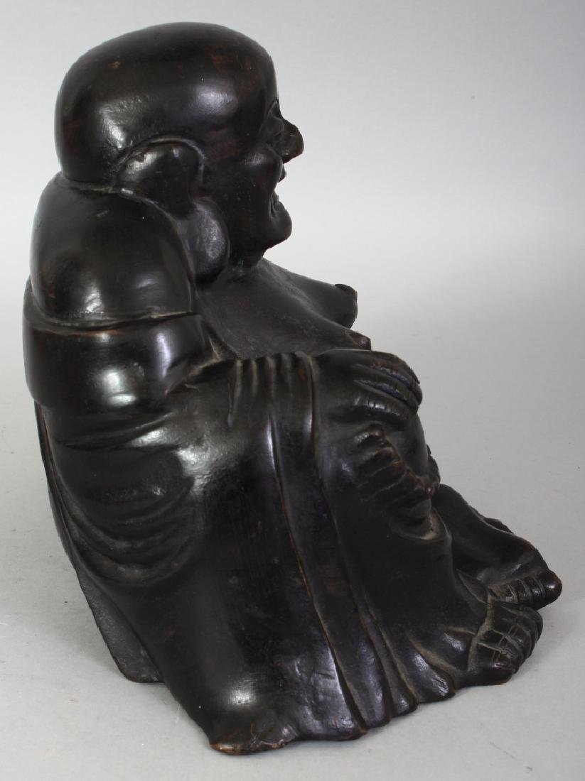 A CHINESE QING DYNASTY BRONZE FIGURE OF BUDAI, seated - 2