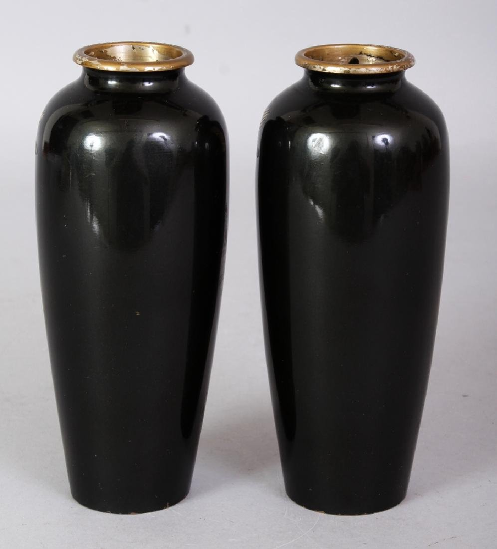 A SMALL PAIR OF EARLY 20TH CENTURY SIGNED JAPANESE - 3