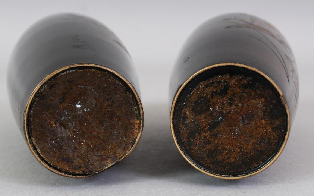 A SMALL PAIR OF EARLY 20TH CENTURY SIGNED JAPANESE - 8