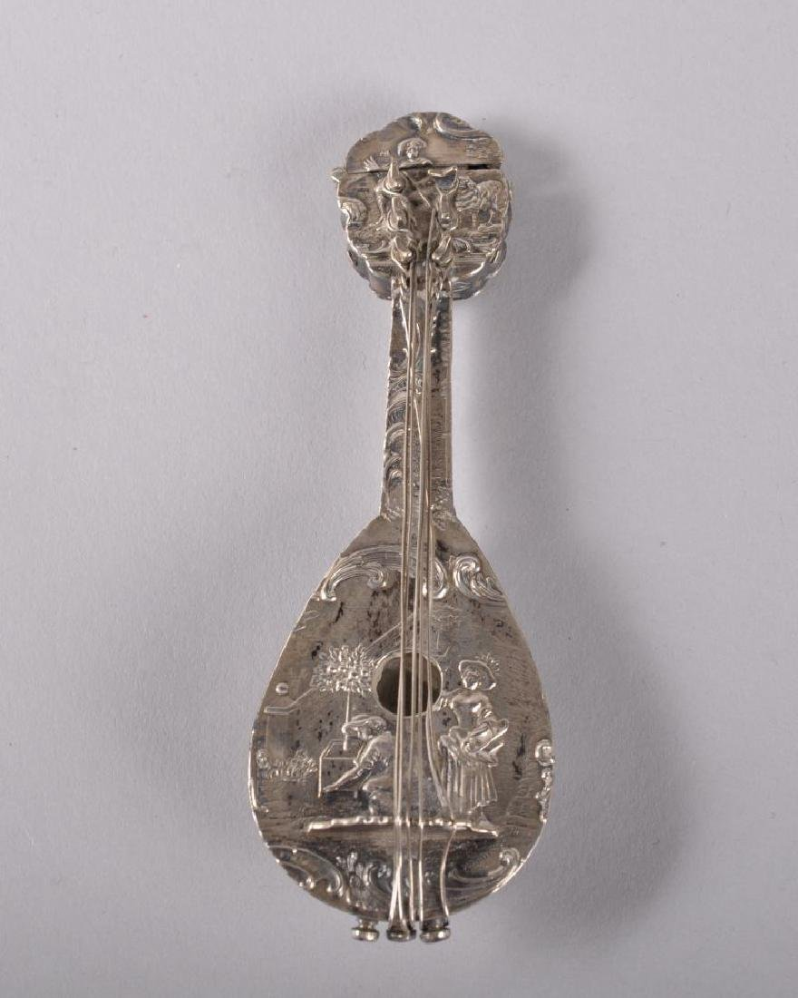 A GOOD 18TH CENTURY DUTCH EMBOSSED SILVER PERFUME