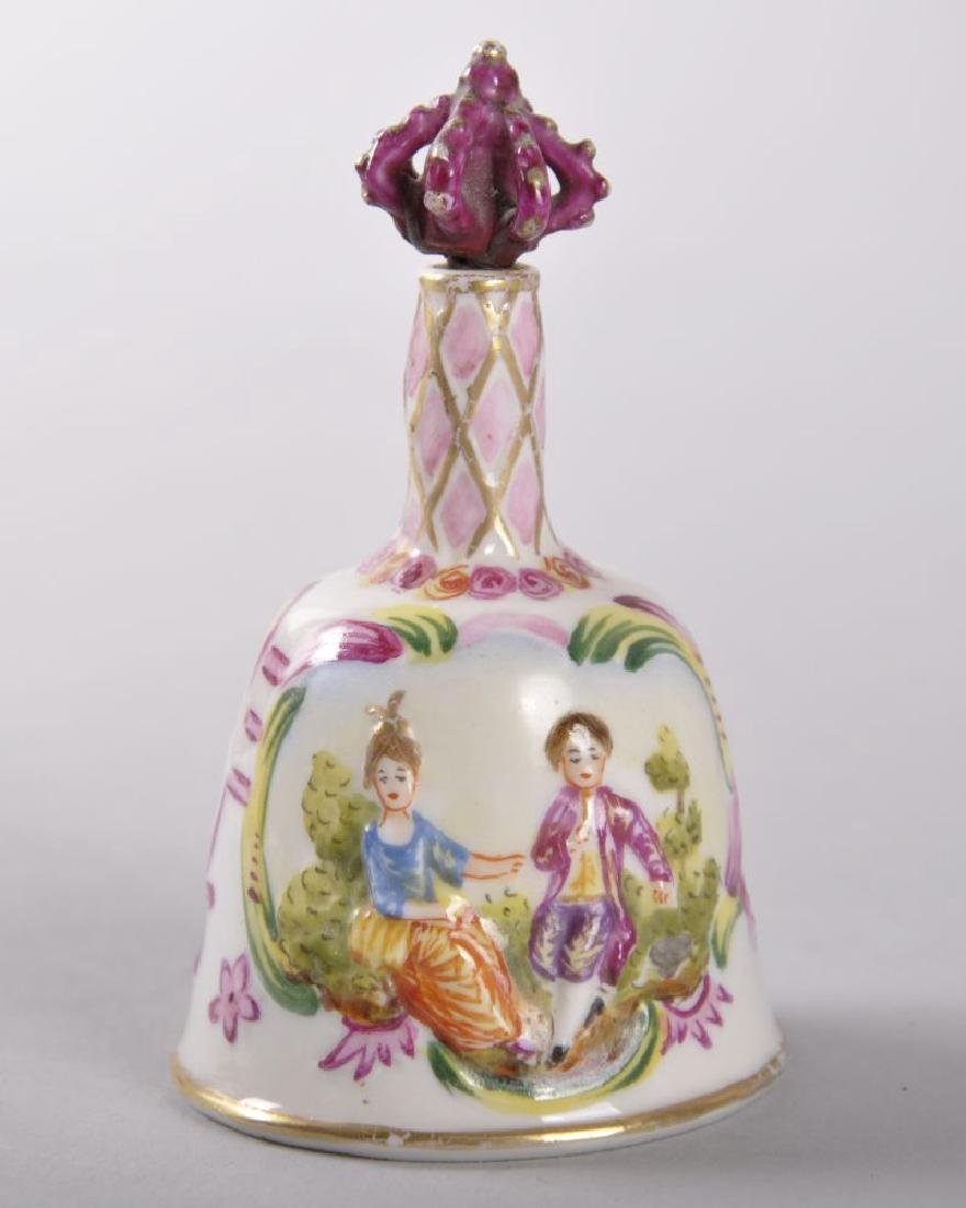 A 19TH CENTURY CAPO-DI-MONTE PORCELAIN PERFUME BELL - 2