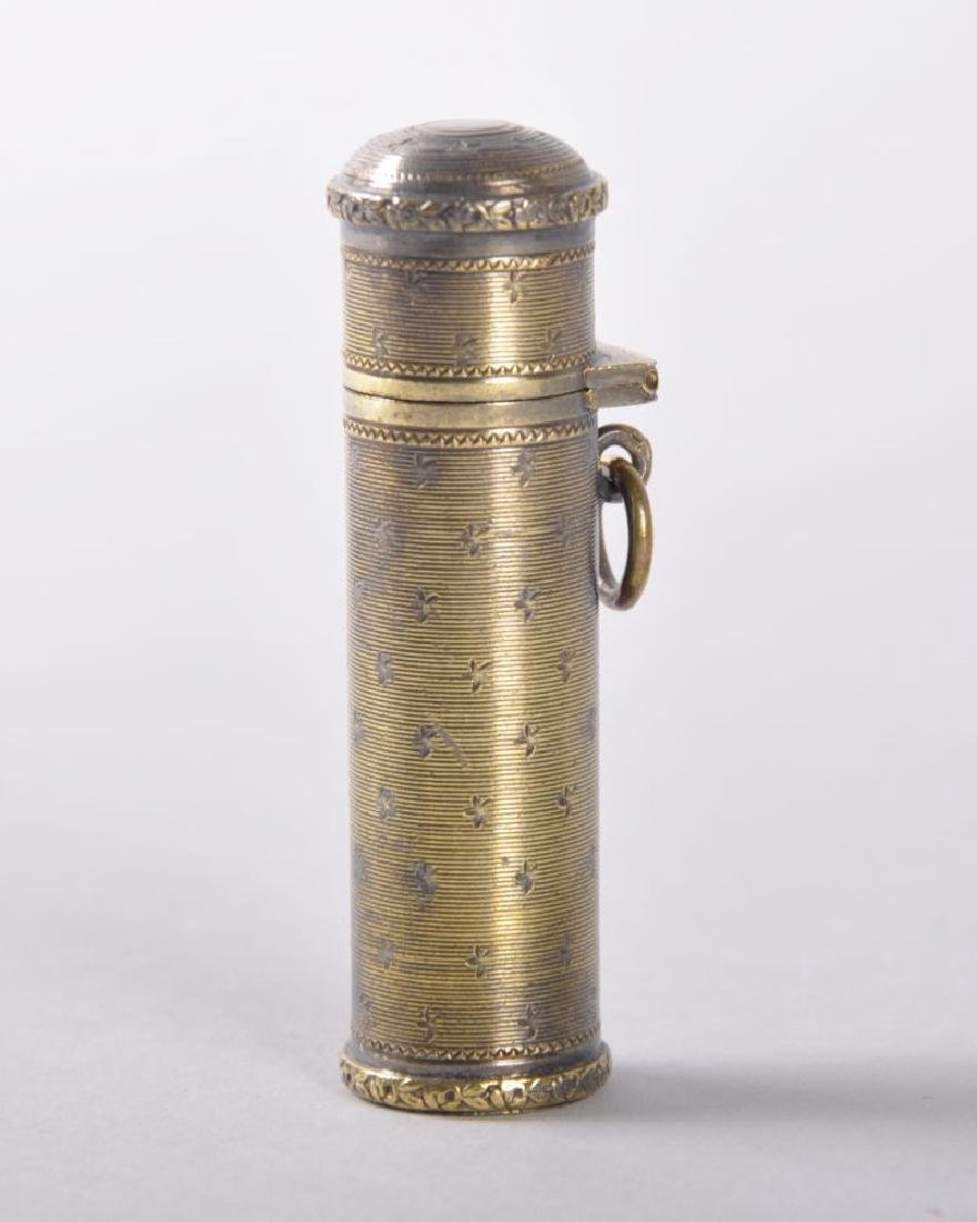 A 19TH CENTURY FRENCH SILVER GILT CYLINDRICAL PERFUME