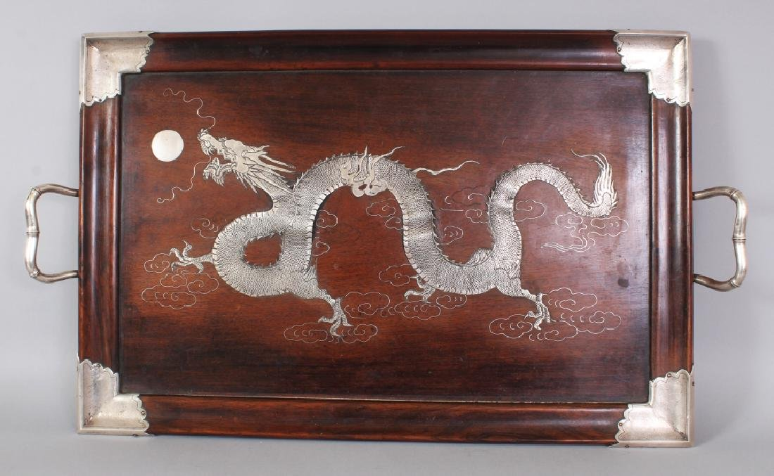 AN EARLY 20TH CENTURY CHINESE SILVER-METAL ONLAID &
