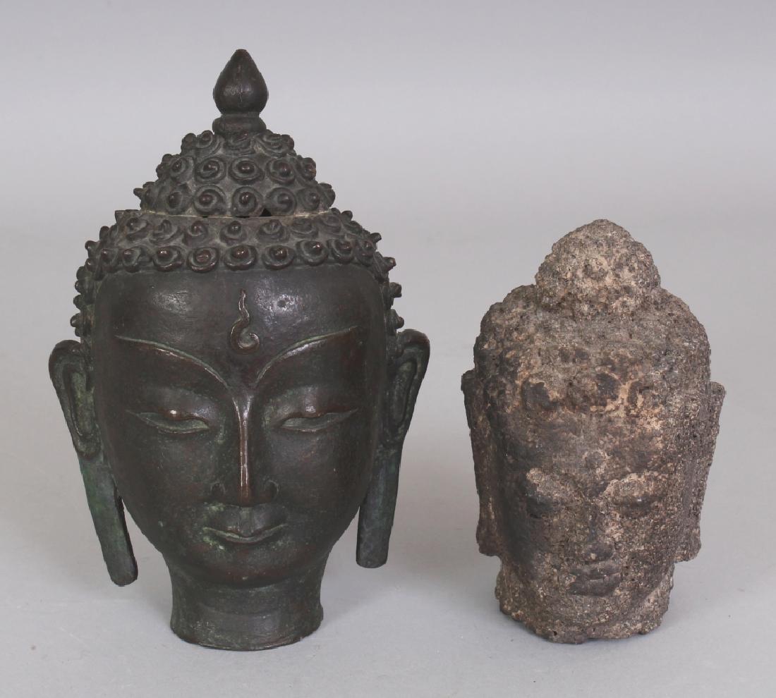 AN 18TH/19TH CENTURY THAI BRONZE HEAD OF BUDDHA, the