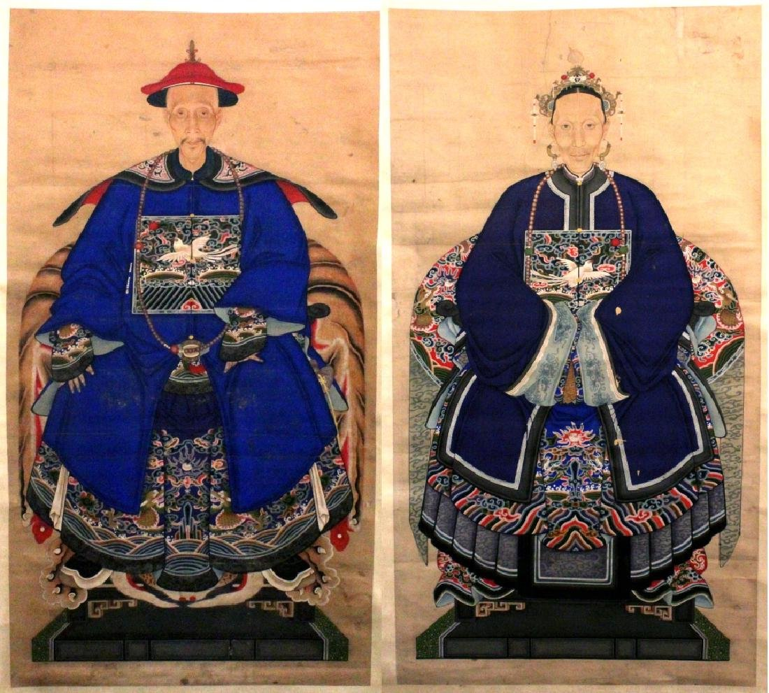A GOOD PAIR OF 19TH/20TH CENTURY CHINESE HANGING SCROLL