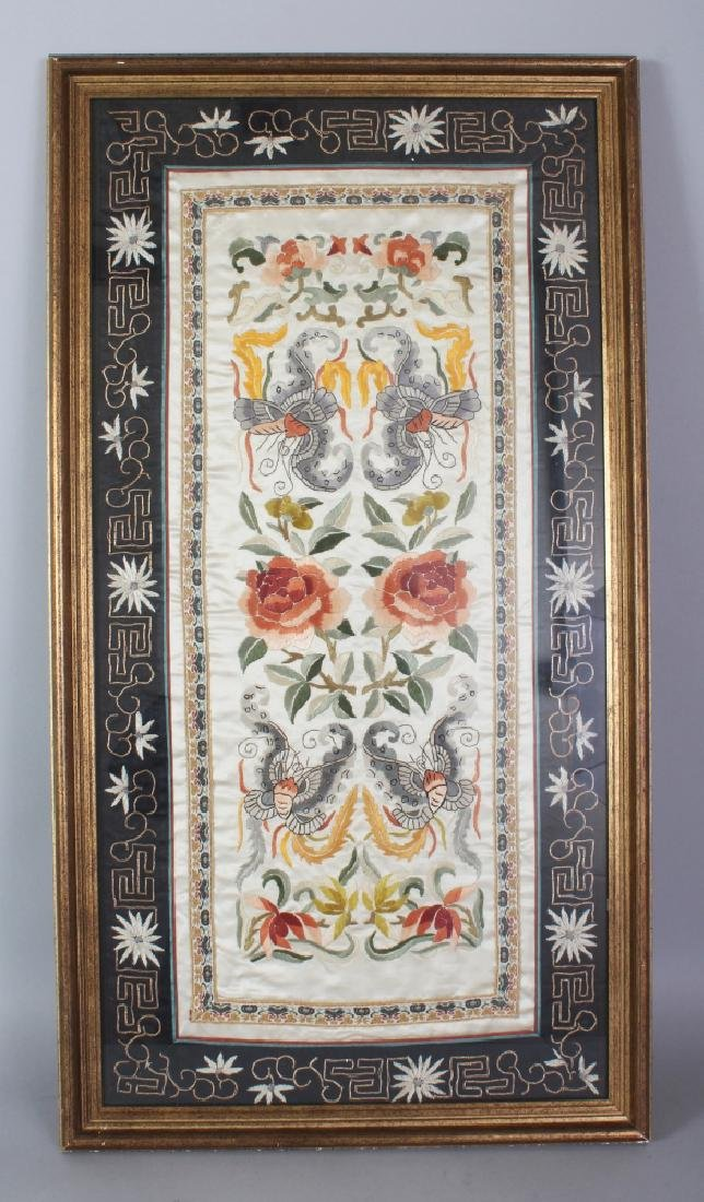 A FRAMED 20TH CENTURY CHINESE EMBROIDERED BUTTERFLY &