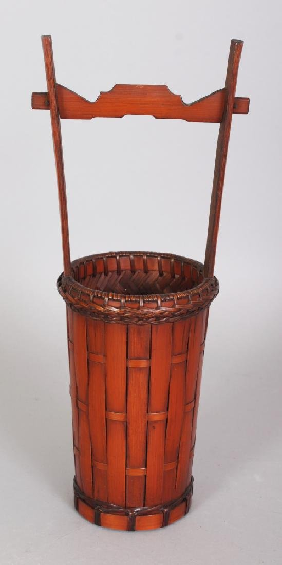 AN EARLY 20TH CENTURY SIGNED JAPANESE BAMBOO WOVEN