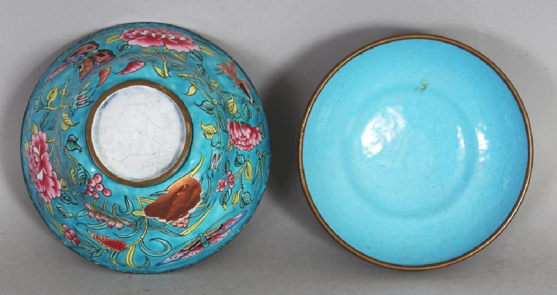 A 19TH CENTURY CHINESE TURQUOISE GROUND FAMILLE ROSE - 5