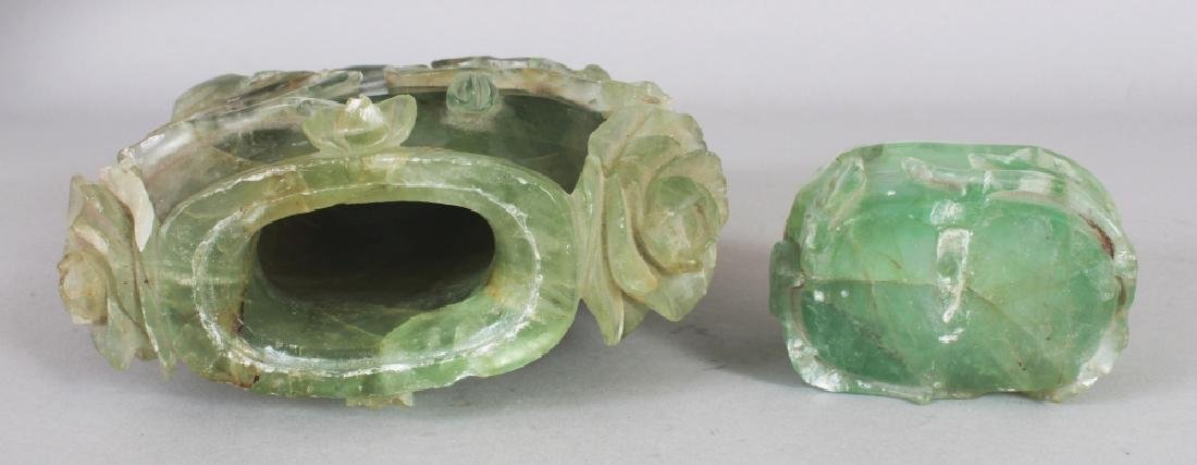 AN EARLY/MID 20TH CENTURY CHINESE CARVED GREEN BOWENITE - 4