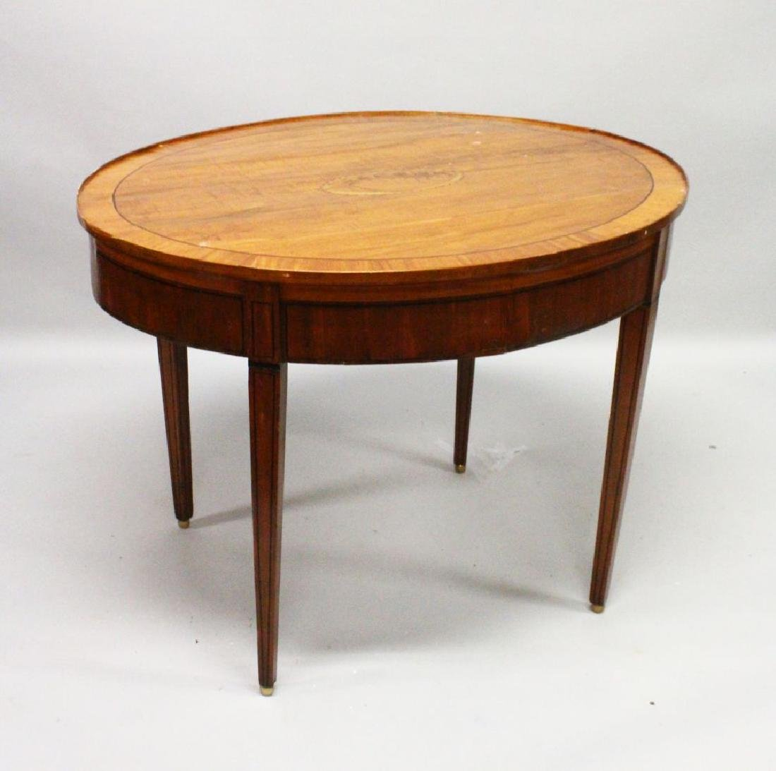 A SHERATON REVIVAL SATINWOOD OVAL TABLE, crossbanded