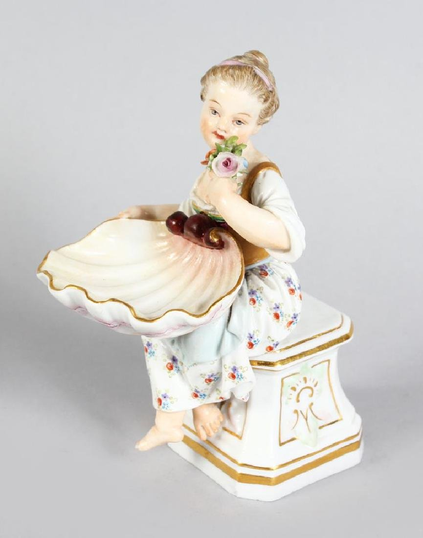 A GOOD SMALL 19TH CENTURY MEISSEN PORCELAIN FIGURE OF A