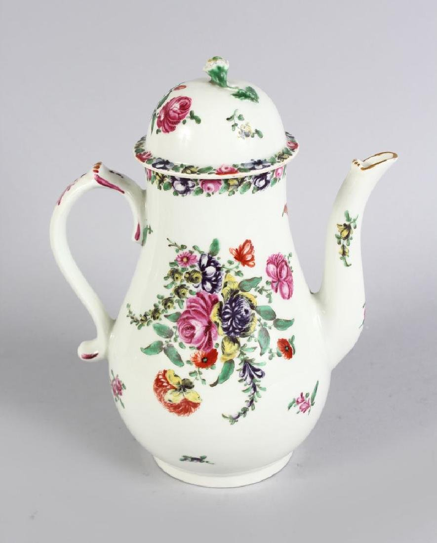 A VERY GOOD 18TH CENTURY WORCESTER COFFEE POT AND