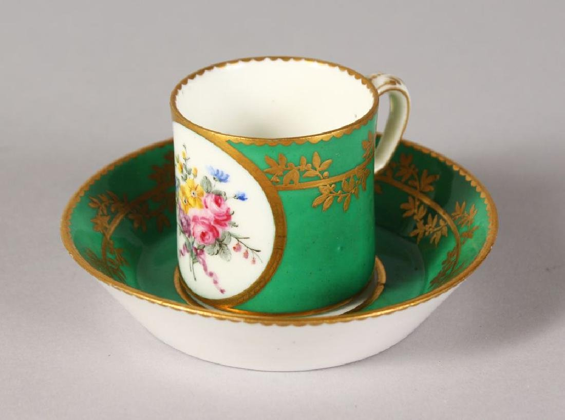 AN 18TH CENTURY SEVRES SMALL CYLINDRICAL CUP AND saucer