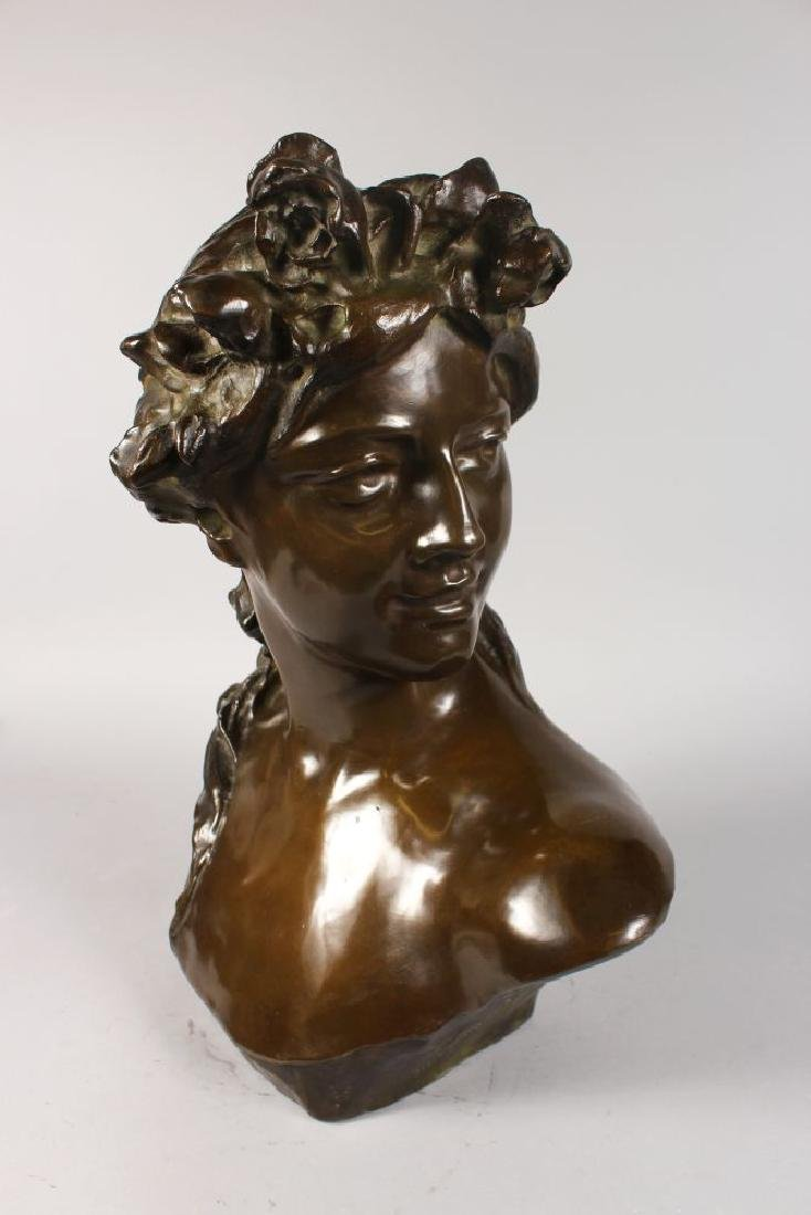 JEF LAMBEAUX (1852-1908) BELGIAN  A SUPERB BRONZE BUST