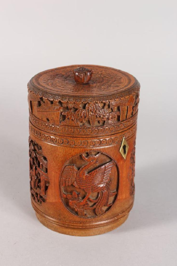 A CHINESE CARVED CIRCULAR BAMBOO BOX AND COVER, carved - 2